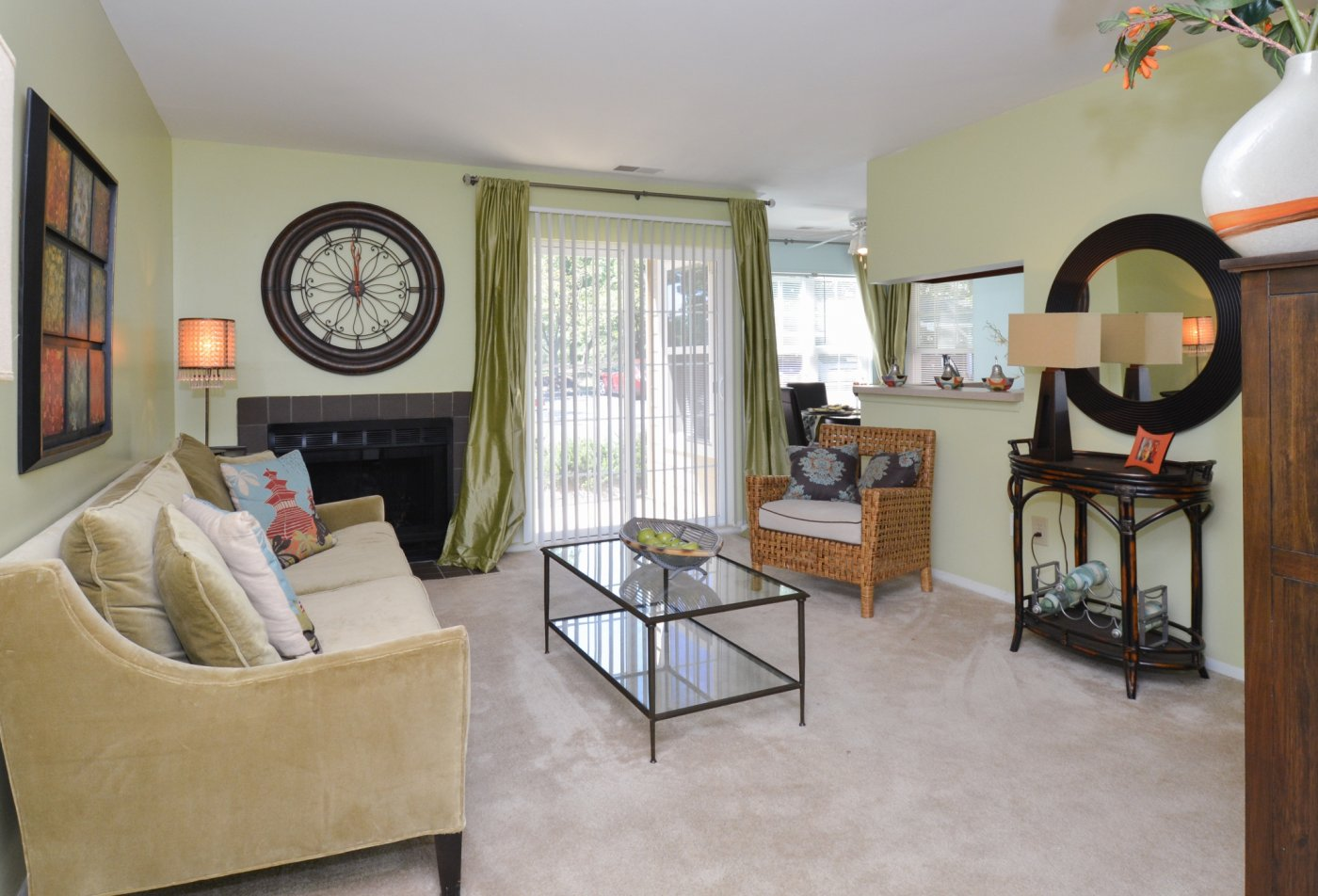 Spacious Living Room | Apartments in Laurel, MD | Spring House Apartments