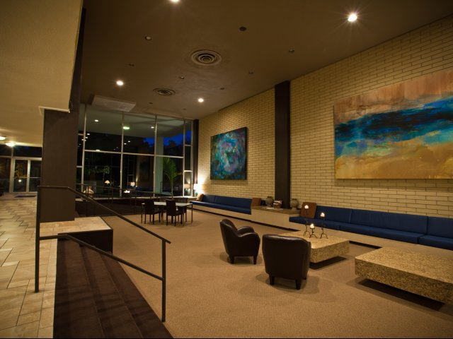 Image of Enjoy free wi-fi in our comfortably redecorated lobby for Lakeshore Towers