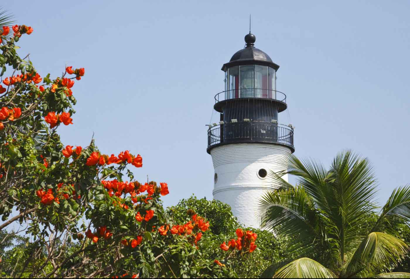Beautiful scenery around Peary Court at Key West Apartments | Key West FL