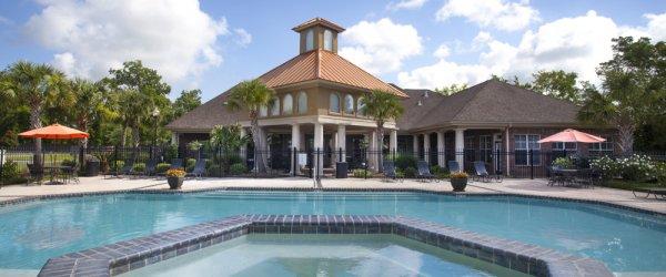 Safe Gonzales, Louisiana Apartments Pool Photo