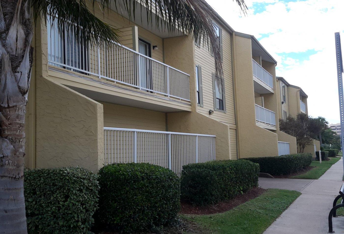 Outside view of Carelton Courtyard apartments in Galveston Texas