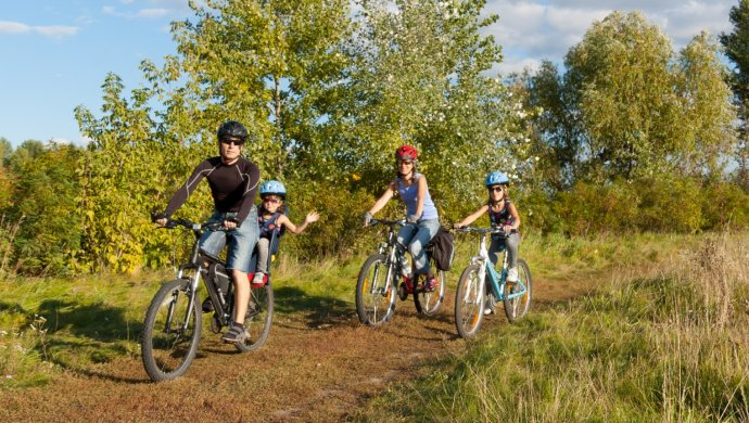 Apartments in Littleton | Biking Trail