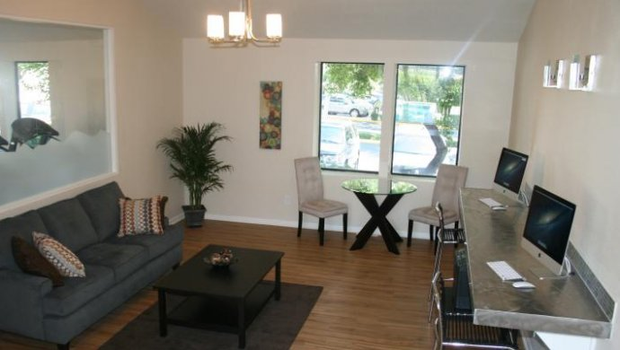 Apartments for rent in Littleton | Living Room