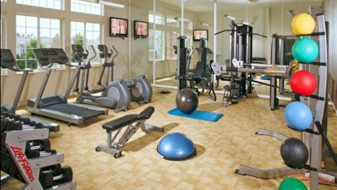 homes for rent in Englewood CO | Fitness Center