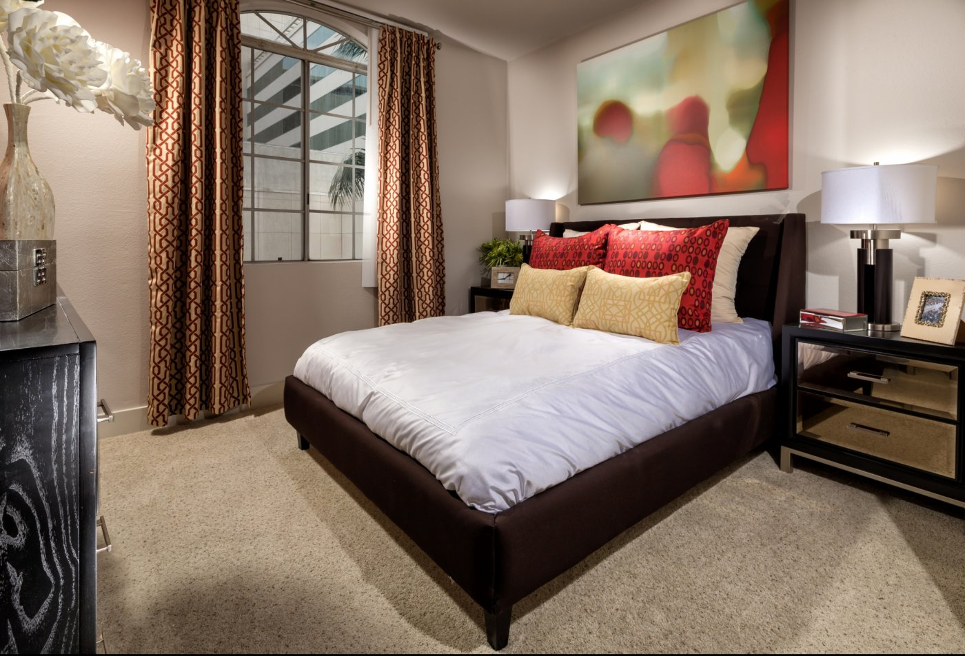 Spacious Master Bedroom | Luxury Apartments Los Angeles California | The Preston Miracle Mile