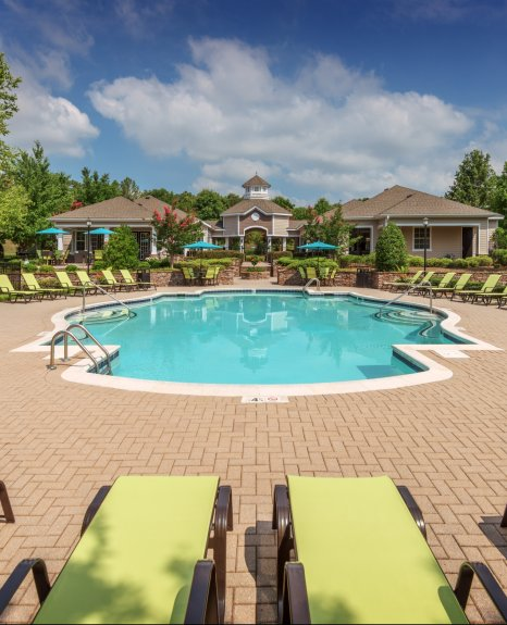 Resort Style Pool | Apartments In Charlotte NC | Courtney Ridge