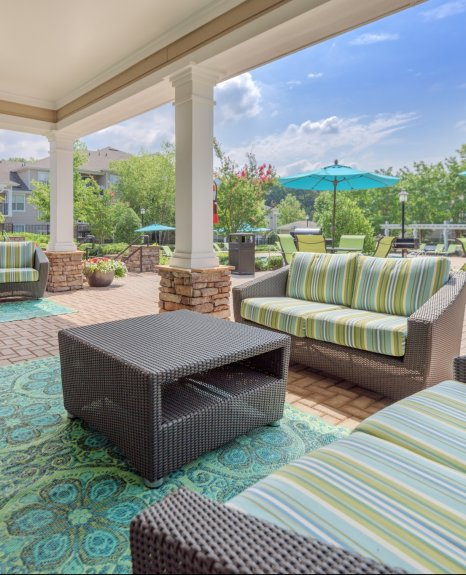 Resident Sun Deck | Charlotte NC Apartments For Rent | Courtney Ridge