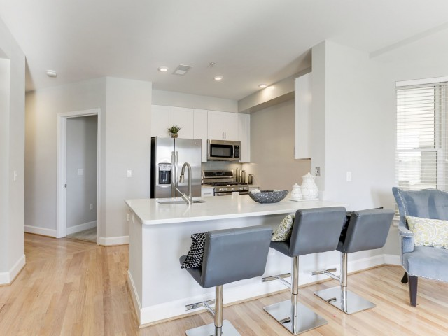 State Of The Art Kitchen | Bethesda Luxury Apartments | Upstairs At Bethesda