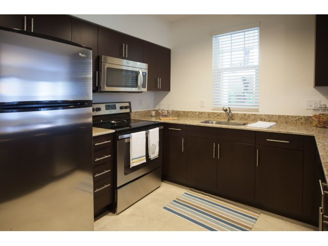 Palm Beach Gardens Apartments near Florida Turnpike The Quaye at