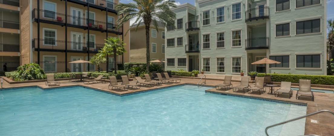 Resort Style Pool at our apartments for rent in New Orleans Louisiana