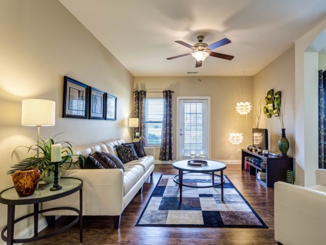 With several floorplans available  we have the right apartment to fit your  li. Noblesville Apartments   Autumn Breeze