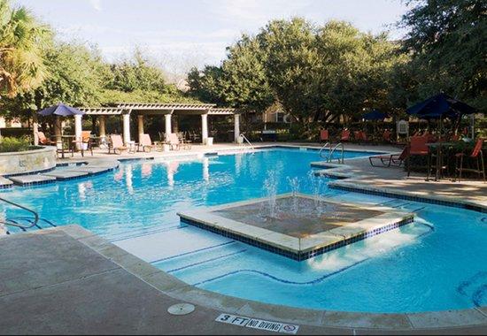 Swimming Pool at Toscana 1