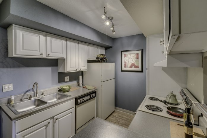State-of-the-Art Kitchen | Apartments Near Denver | Skyline