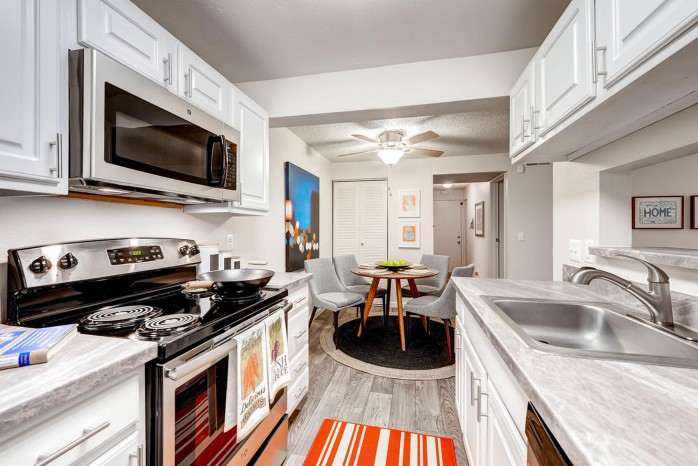 State-of-the-Art Kitchen | Apartments Littleton | Terra Vista at the Park