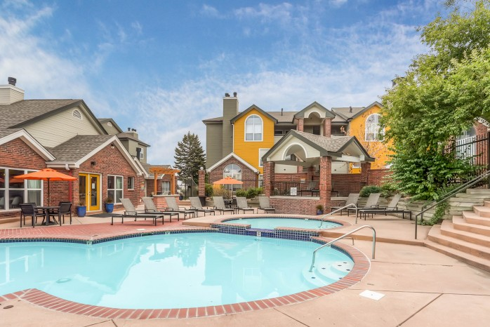 Resort Style Pool | Apartments For Rent In Northglenn Colorado | Keystone Apartments