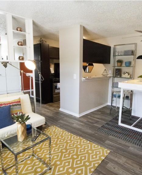 Resort Style Pool |Apartments in OKC| Cambridge Landing