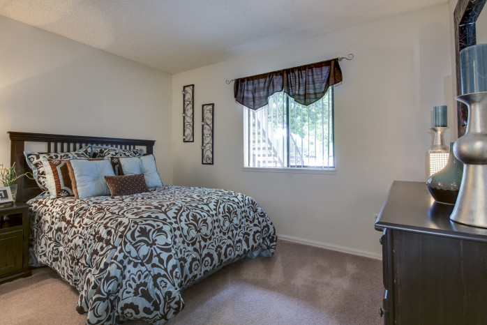 Spacious Bedroom | Denver Colorado Apartments | Santana Ridge