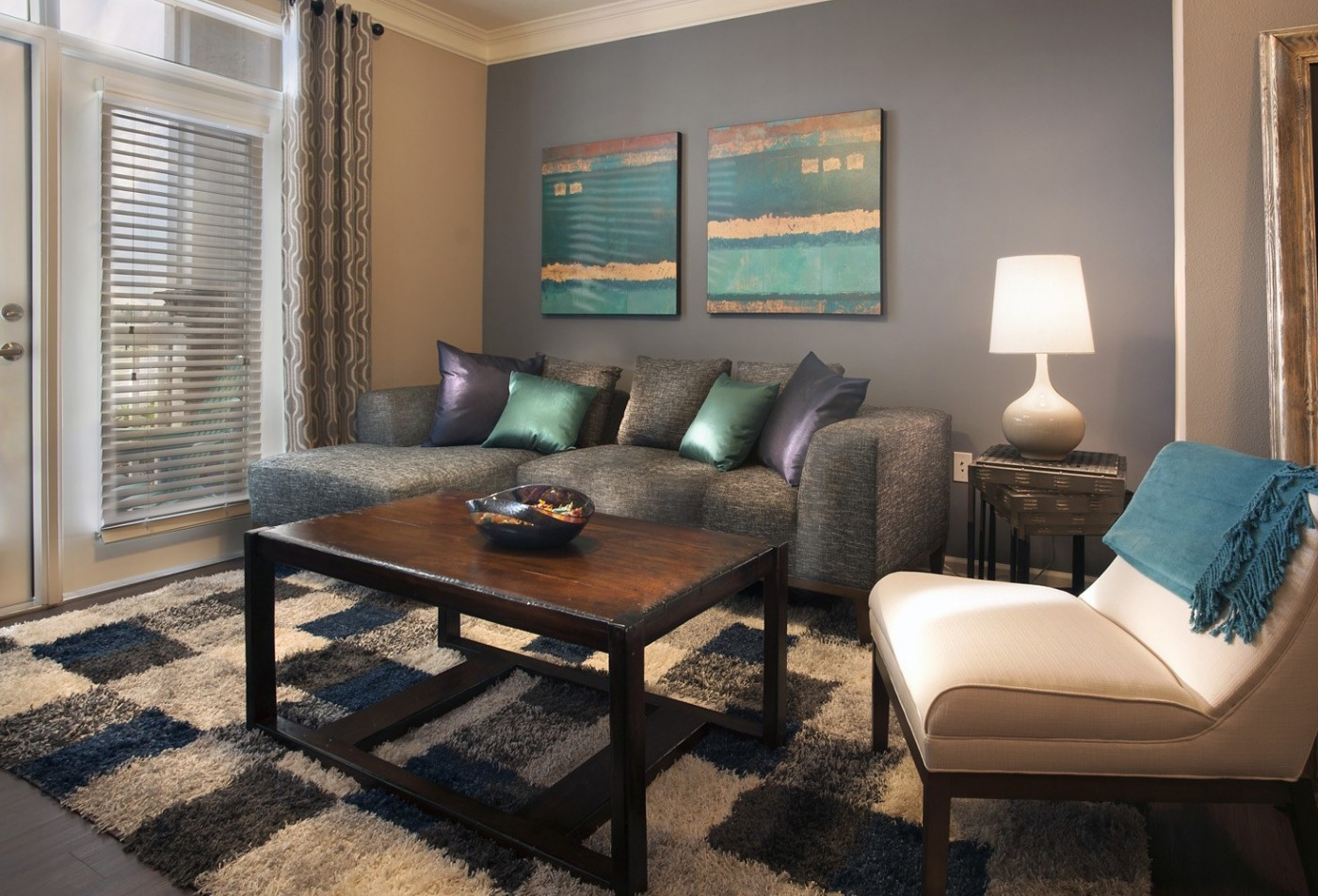 Grand Oak at Town Park Luxury Apartments