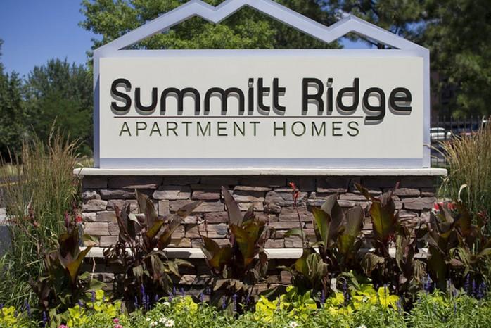 Apartment In Denver | Summitt Ridge