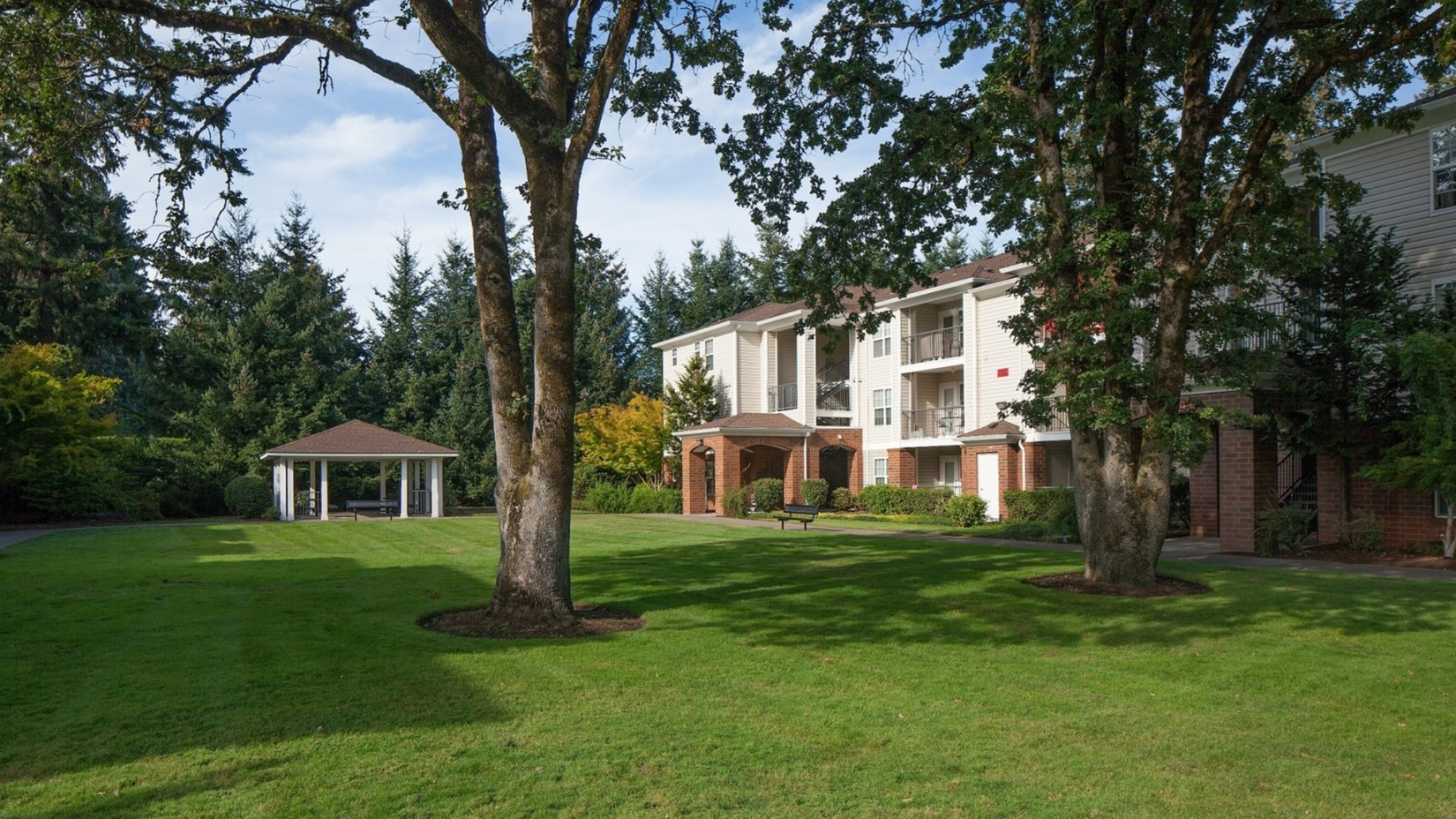 Tualatin Oregon Apartments | Arya Hedges Creek