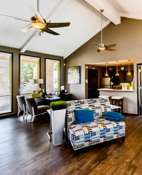 Spacious Living Room   Apartments in OKC  Cambridge Landing