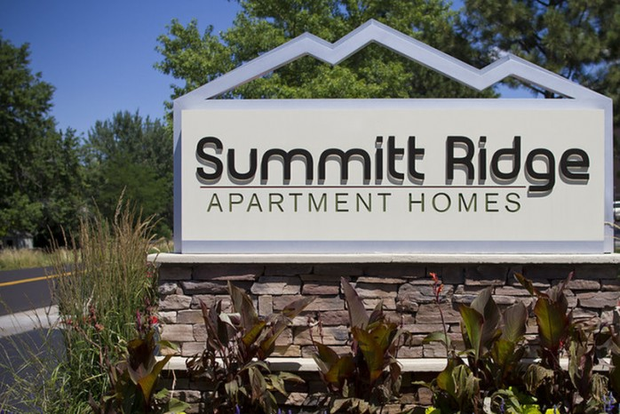 Apartment In Denver | Summitt Ridge
