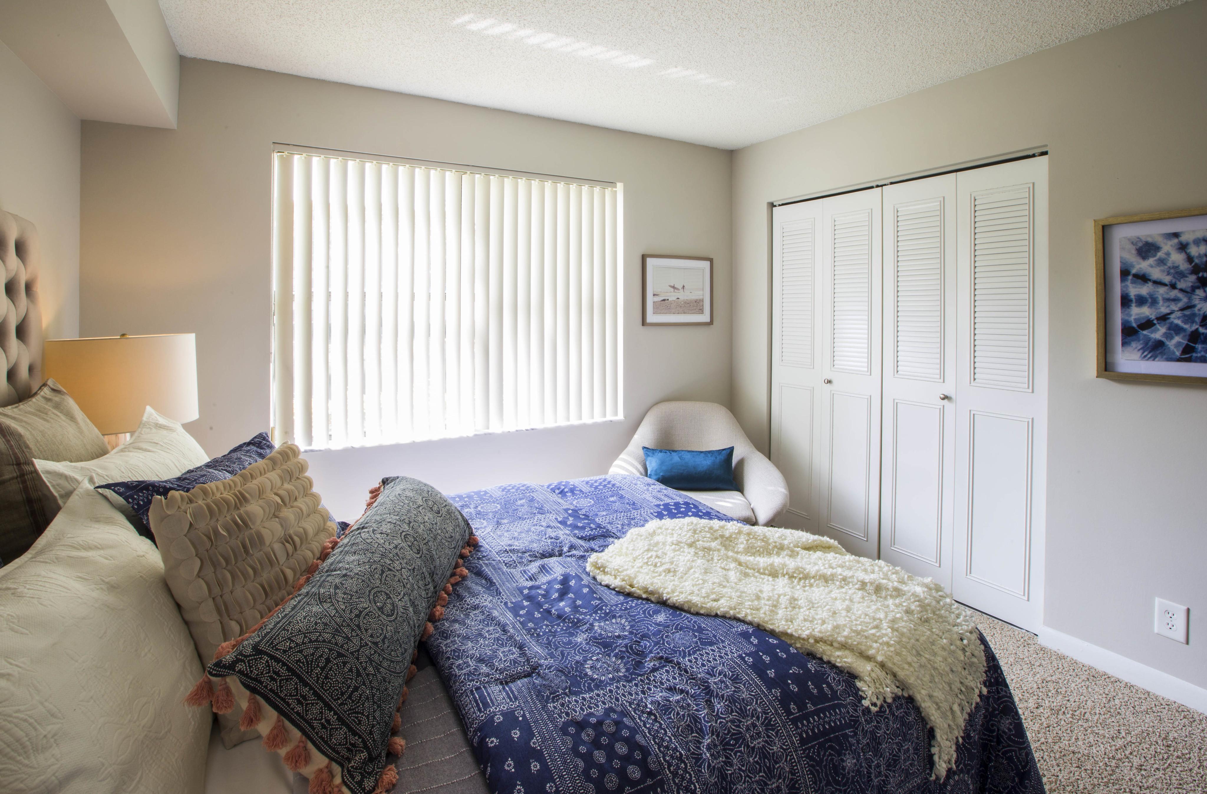 Boynton Beach Apartments for Rent | Ashley Lake Park Apts