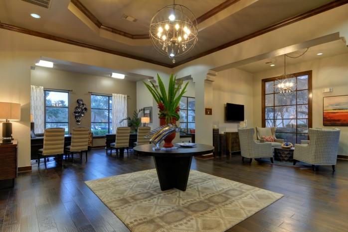 Elegant Community Club House   San Antonio Luxury Apartments   Sendera Landmark