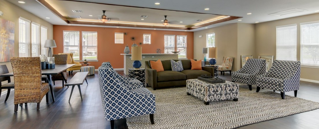 Pet Friendly Apartment Community   Heights at Converse