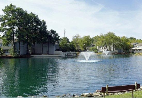 Lakes at Ridgeway