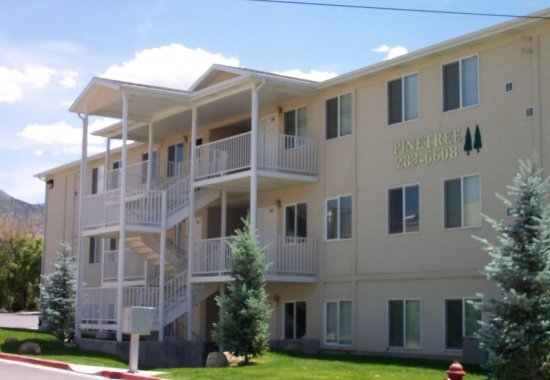 Pinetree Condominiums