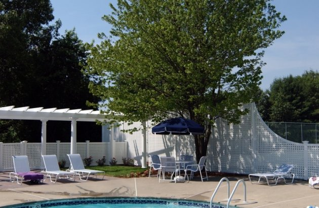 Well kept grounds provide you with a great place to enjoy the Nashua weather.