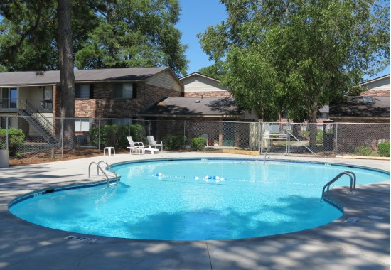 Resort Style Pool | Apartments In Savannah GA | Edgewater Trace