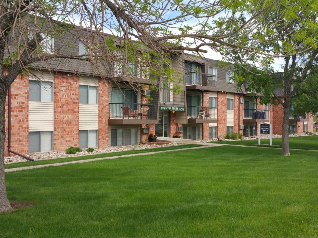 Rapid City Sd Apartment Rentals Country Bluff Apartments