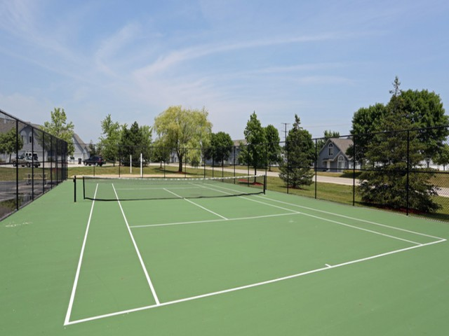 Image of Tennis Court for Mequon Trail TH
