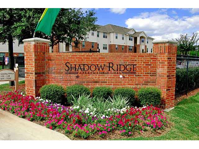 Shadow Ridge Apartment Community