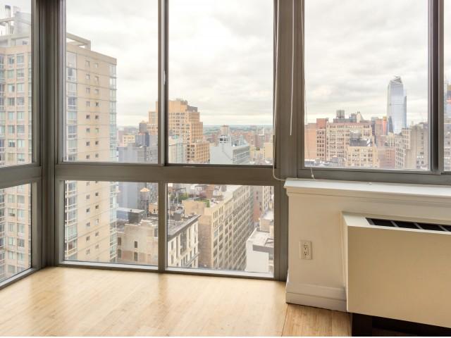 800 Sixth Apartments Oversized Windows