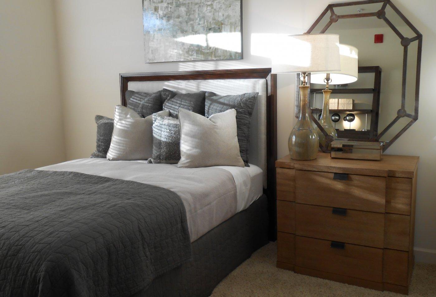 Lakeshore Ridge Apartments