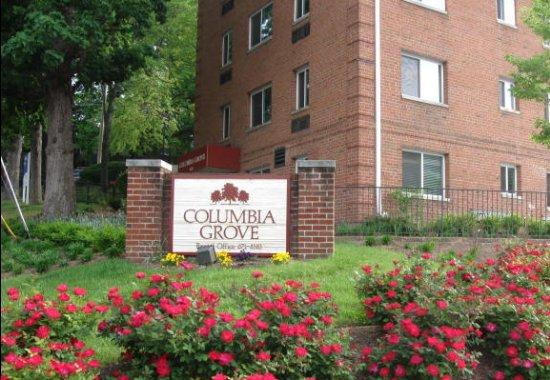 Columbia Grove Apartments