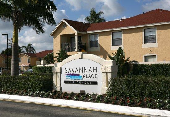 savannah place roadside