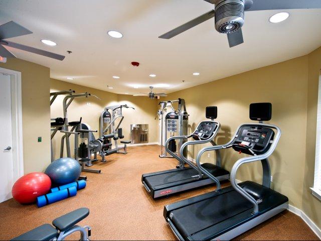 Crescent Club Mid City Apartments For Rent