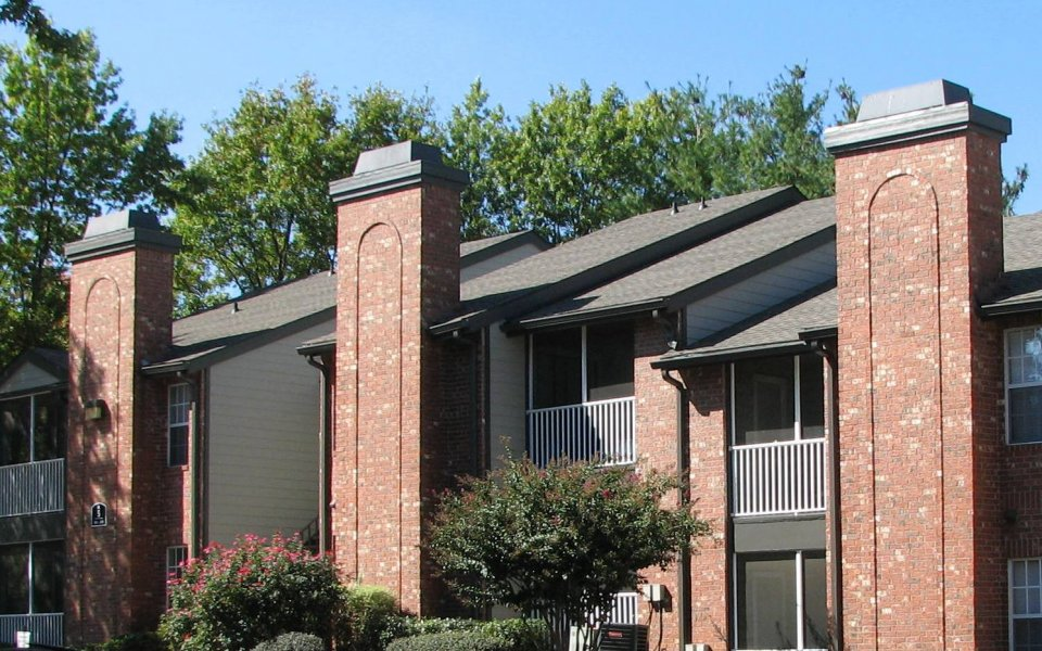 Outside view of our Viera Cool Springs apartments   Franklin TN
