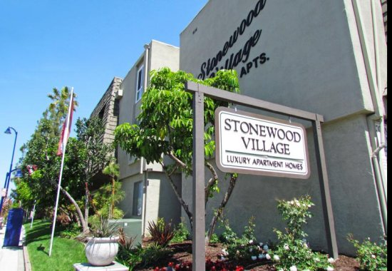 STONEWOOD VILLAGE APARTMENTS