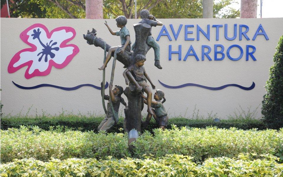 Aventura Harbor Apartments