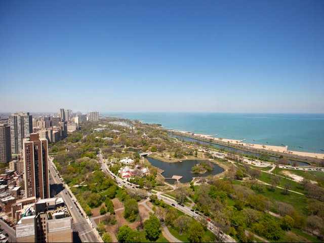 Image of Panoramic Lake and Park views for Eugenie Terrace