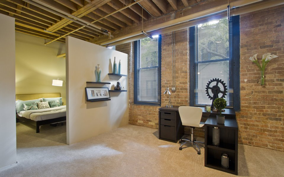 Old Town Chicago Apartments Cobbler Square Loft