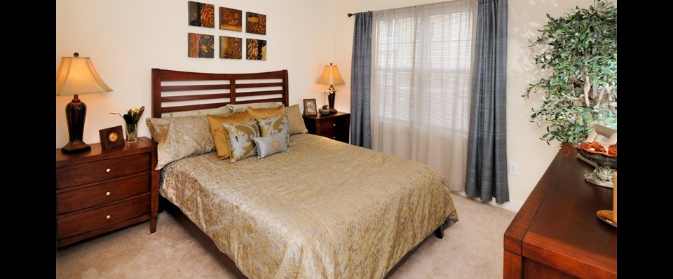 Luxurious bedrooms in our rentals in Cranston RI at Independence Place