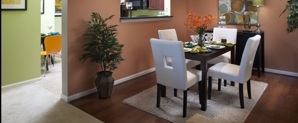 Dining are of Arundel Mills apartments