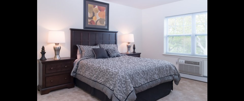 Luxury bedroom at Kensington at Chelmsford MA apartments