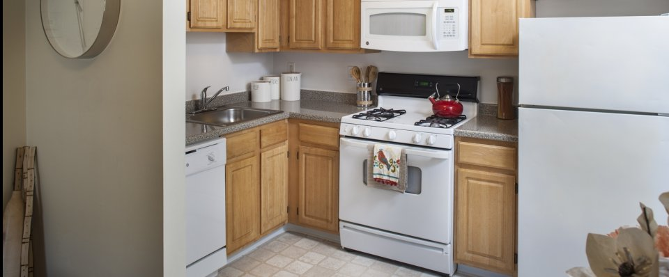 Kitchen at the Groves at Milford | Milford MA